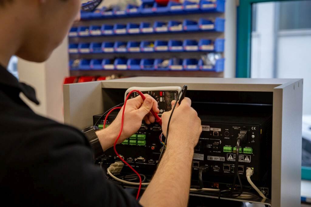 Crestron DMPS Service Multimeter