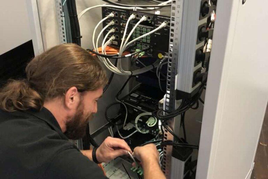 Medientechnik Rack Service